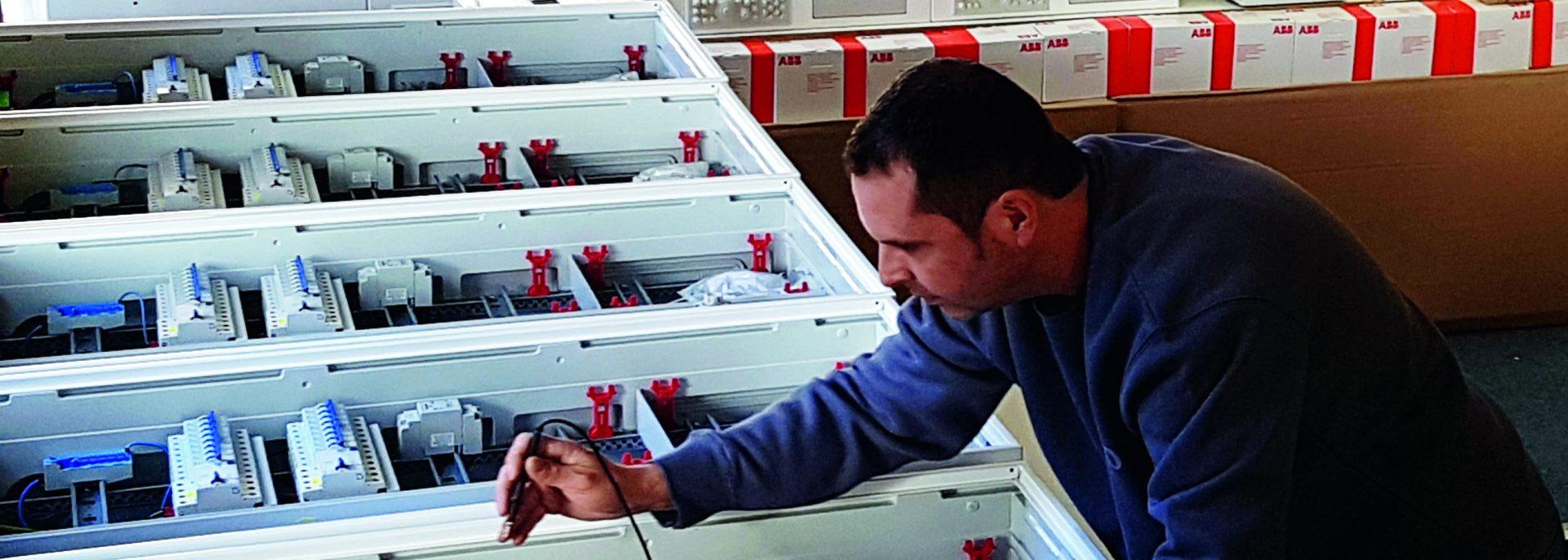 FAMO Schaltanlagen, EFH-Komplettzählerschränke